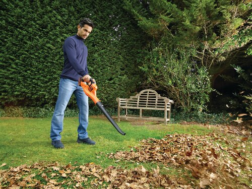 Black and Decker - 18V Lithiumion Cordless POWERCOMMAND Boost Leaf Blower - GWC1820PC